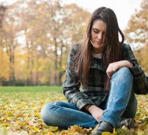 depressed.teenager.suffering.jpg